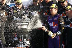 Winnaar: Denny Hamlin, Joe Gibbs Racing Toyota