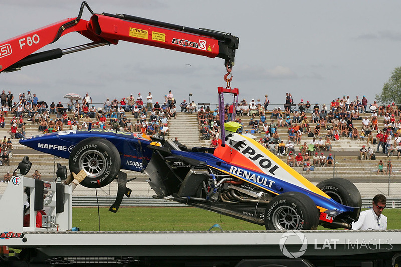 Маньі-Кур 2007: аварія Ернесто Вісо