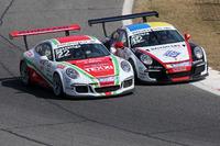 Daniele Cazzaniga, Dinamic Motorsport, in lotta con Alessio Rovera, Tsunami RT