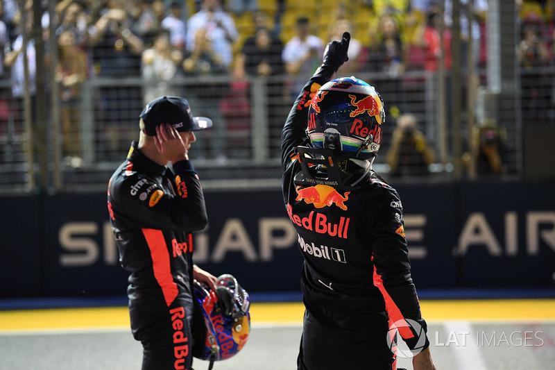 Max Verstappen, Red Bull Racing and Daniel Ricciardo, Red Bull Racing celebrate in parc ferme