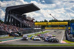 Start: Bruno Spengler, BMW Team RBM, BMW M4 DTM, führt