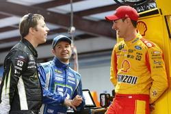 Brad Keselowski, Team Penske, Ford; Ricky Stenhouse Jr., Roush Fenway Racing, Ford; Joey Logano, Tea