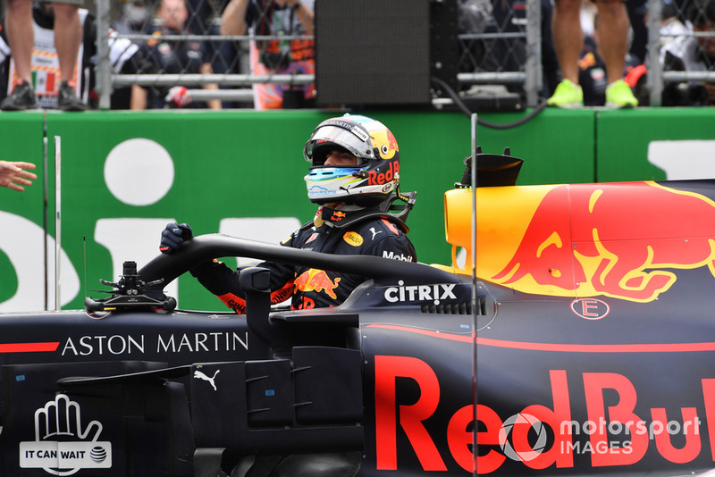 Le poleman Daniel Ricciardo, Red Bull Racing RB14