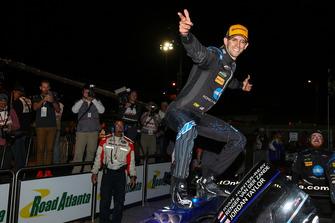 #10 Wayne Taylor Racing Cadillac DPi, P: Jordan Taylor, festeggia