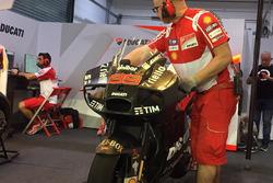 Новый обтекатель на мотоцикле Хорхе Лоренсо, Ducati Team