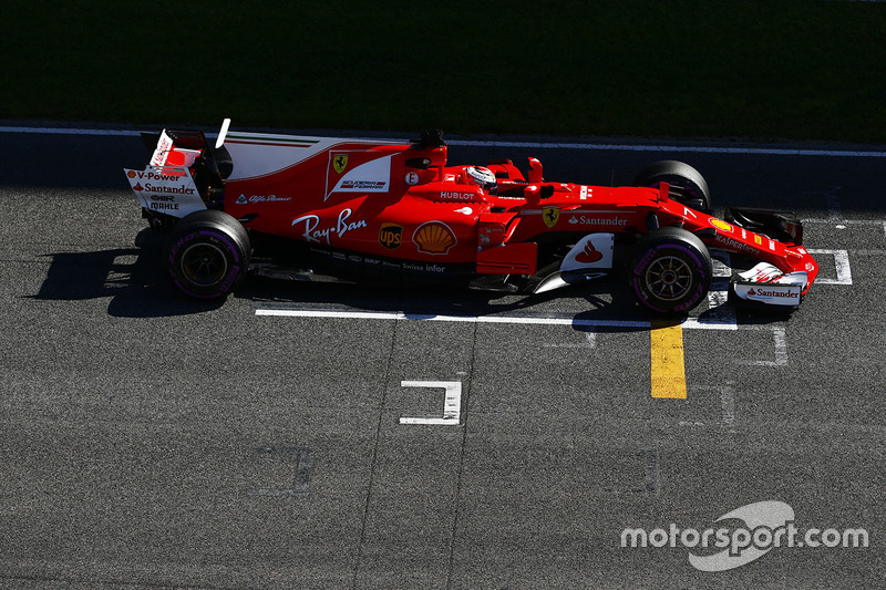 1º Kimi Raikkonen, Ferrari SF70H, 1m18.634s (superblandos)