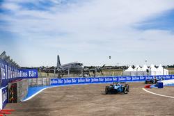 Sébastien Buemi, Renault e.Dams; Oliver Turvey, NEXTEV TCR Formula E Team