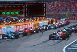Start: Ayrton Senna, Williams FW16; Michael Schumacher, Benetton B194