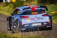 Тьєррі Ньовілль, Ніколя Жільсуль Hyundai i20 WRC, Hyundai Motorsport зі зламаним колесом