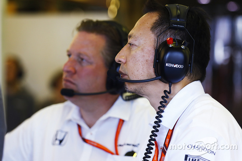 Yusuke Hasegawa, Honda, mit Zak Brown, McLaren