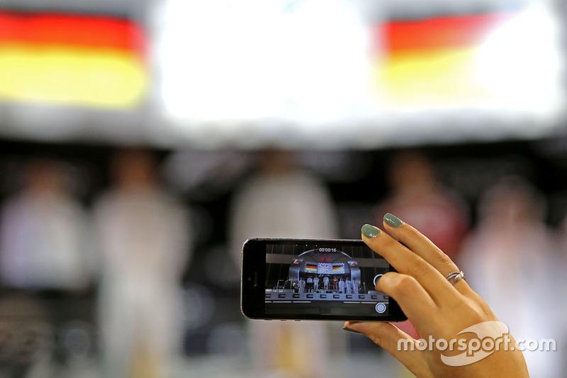 Nico Rosberg, Mercedes AMG F1, Lewis Hamilton, Mercedes AMG F1 and Sebastian Vettel, Scuderia Ferrari