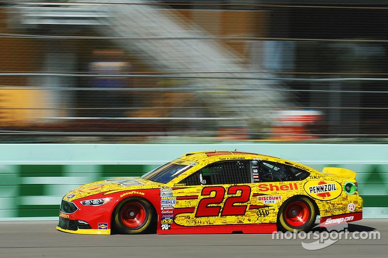 Joey Logano (Penkse-Ford): Zweiter mit P4 im Rennen