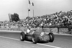 Победитель Хуан-Мануэль Фанхио, Alfa Romeo 159A
