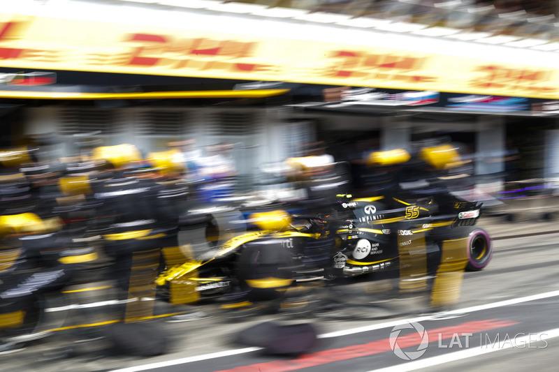 Carlos Sainz Jr., Renault Sport F1 Team R.S. 18, sur la grille