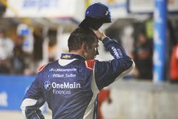 Elliott Sadler, JR Motorsports Chevrolet reacts after losing the championship
