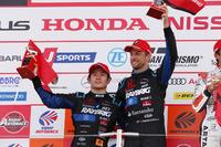 山本尚貴とジェンソン・バトン Naoki Yamamoto & Jenson Button