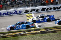Aric Almirola, Richard Petty Motorsports Ford and Danica Patrick, Stewart-Haas Racing Ford