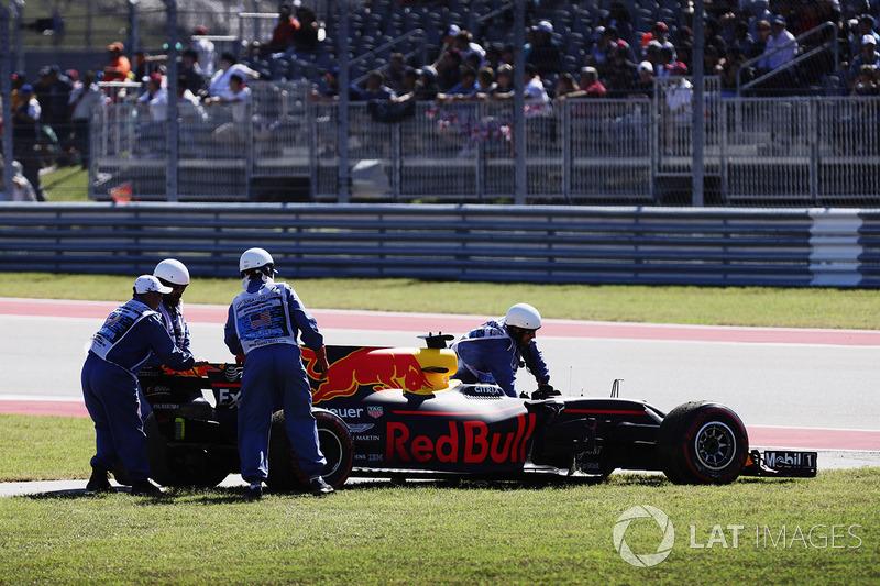 Даніель Ріккардо, Red Bull Racing RB13, сходить