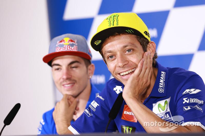 Valentino Rossi, Yamaha Factory Racing, Maverick Viñales, Team Suzuki Ecstar MotoGP