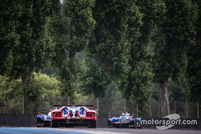 #68 Ford Chip Ganassi Racing Ford GT: Джоі Хенд, Дірк Мюллер та Себастьян Бурде