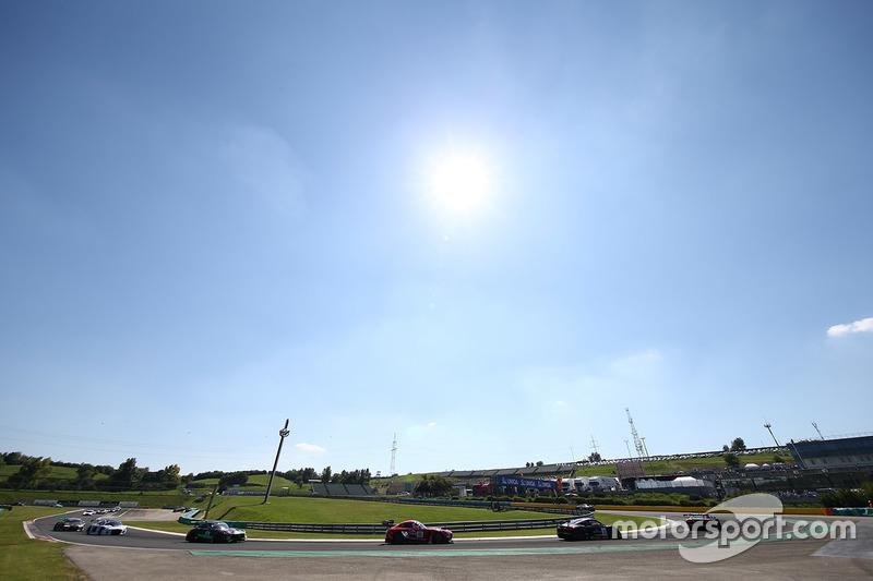 #88 AKKA ASP Mercedes AMG GT3: Tristan Vautier, Felix Rosenqvist