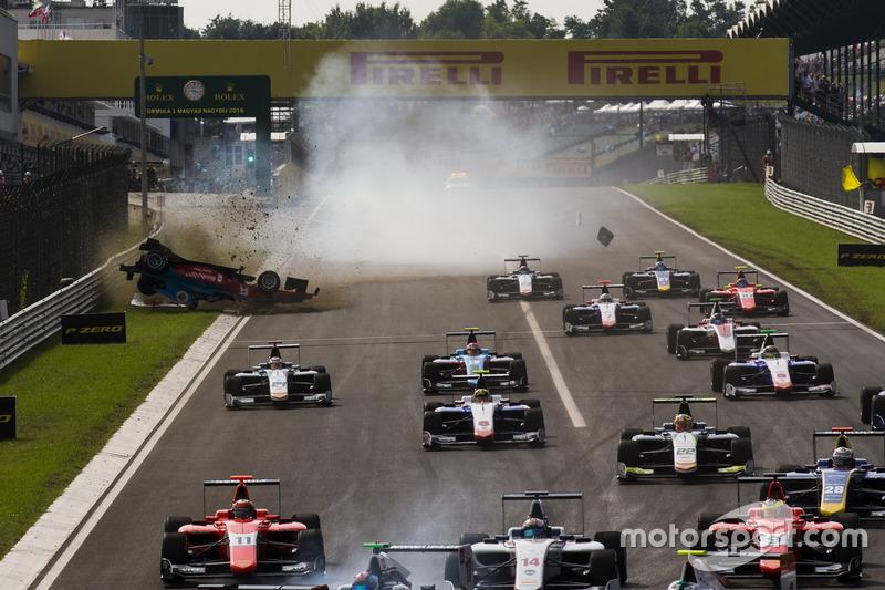 Unfall: Akash Nandy, Jenzer Motorsport