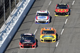 William Byron, Hendrick Motorsports, Chevrolet Camaro Liberty University, Chris Buescher, JTG Daugherty Racing, Chevrolet Camaro Bush's Chili Beans, Chris Buescher, JTG Daugherty Racing, Chevrolet Camaro Bush's Chili Beans, Jamie McMurray, Chip Ganassi Racing, Chevrolet Camaro McDonald's