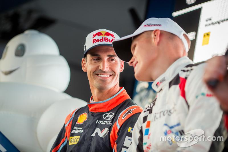 Dani Sordo, Hyundai Motorsport; Ott Tanak, Toyota Gazoo Racing