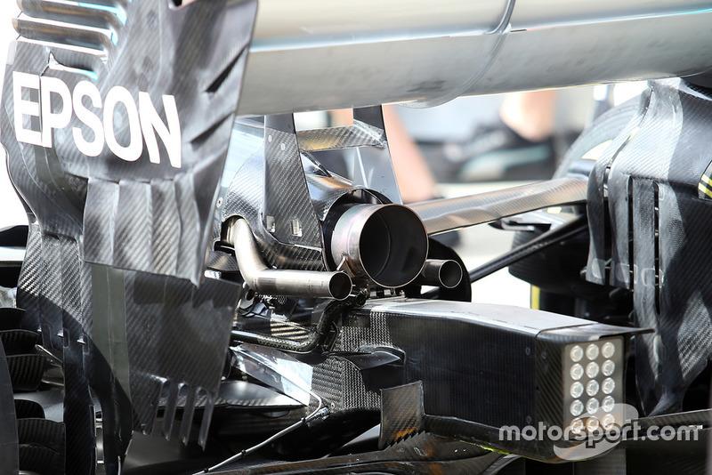 Mercedes AMG F1 W09, вихлип