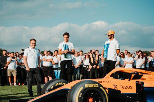 McLaren Woking kutlamaları
