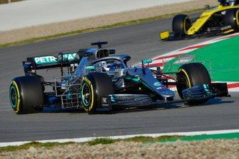 Valtteri Bottas, Mercedes-AMG F1 W10 EQ Power+, con dei sensori aerodinamici