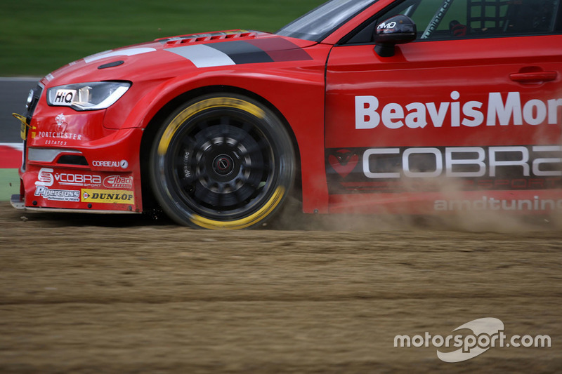 Verbremser: Mat Jackson, Team Shredded Wheat Racing with Duo, Ford Focus