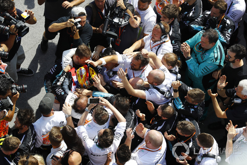 Lewis Hamilton, Mercedes AMG F!