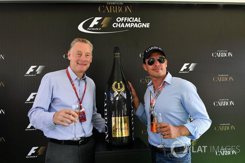 Sean Bratches, Formula One Managing Director Comercial y Alex Mea