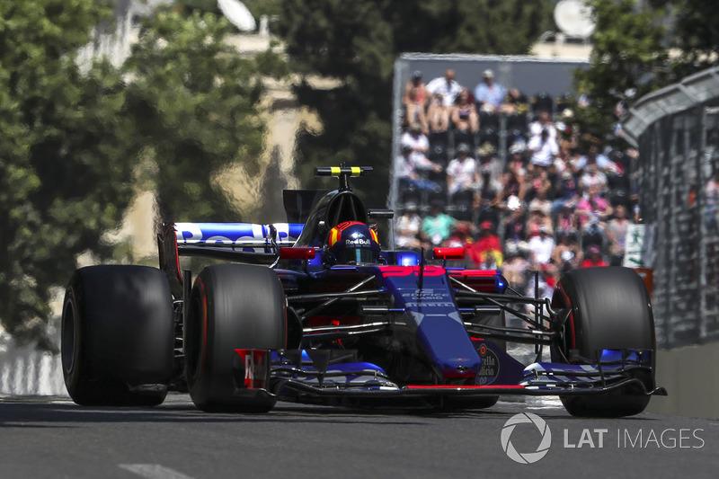 Карлос Сайнс-мол., Toro Rosso Renault