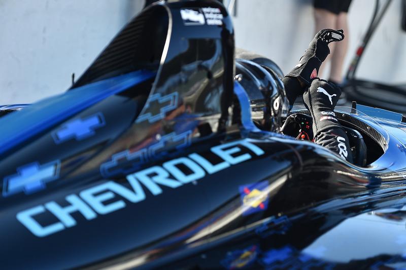 Juan Pablo Montoya prova la Chevrolet IndyCar 2018