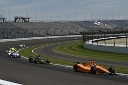 Fernando Alonso, Andretti Autosport Honda, Charlie Kimball, Chip Ganassi Racing Honda