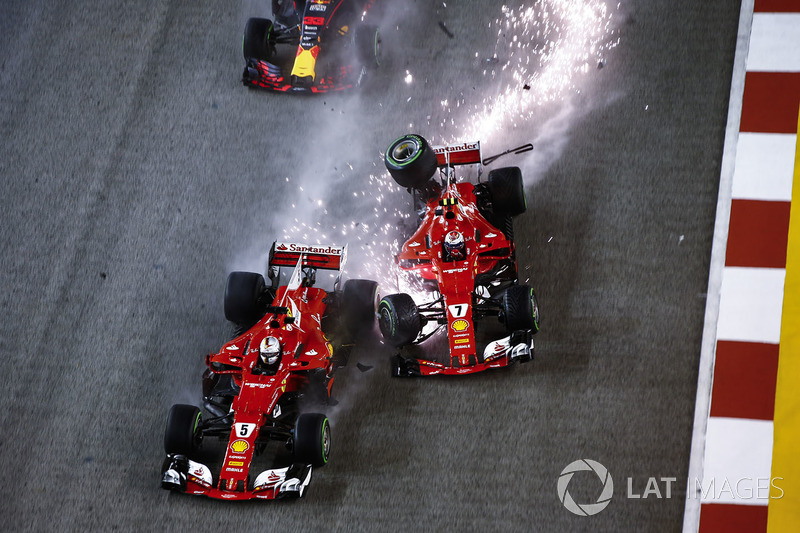 O que poderia ajudar Lewis Hamilton, ficou melhor, quando logo na largada, Kimi Raikkonen, Max Verstappen e Sebastian Vettel tiveram que abandonar por este acidente.