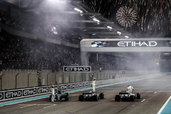 Race winner Valtteri Bottas, Mercedes-Benz F1 W08 , Lewis Hamilton, Mercedes-Benz F1 W08  and Felipe Massa, Williams FW40 celebrate in parc ferme