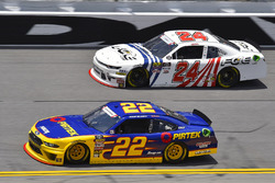 Ryan Blaney, Team Penske, Ford Mustang Pirtek and Justin Haley, GMS Racing, Chevrolet Camaro FOE