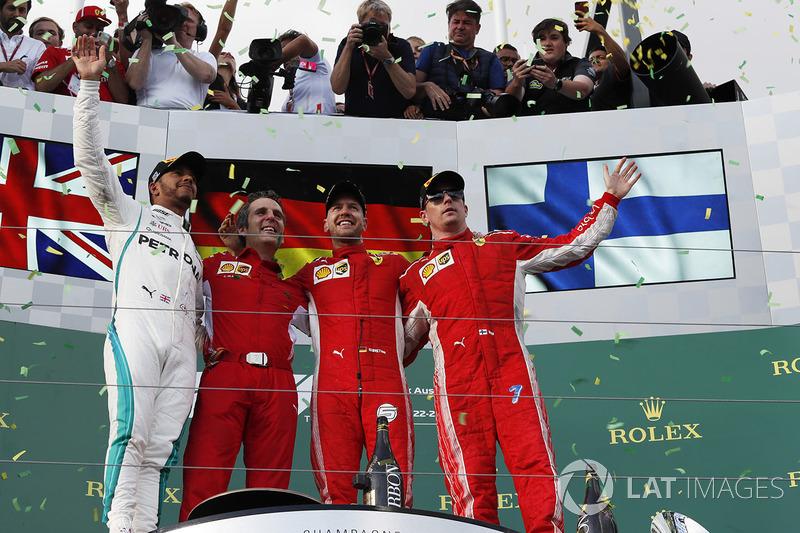 Lewis Hamilton, Mercedes-AMG F1, Sebastian Vettel, Ferrari et Kimi Raikkonen, Ferrari sur le podium