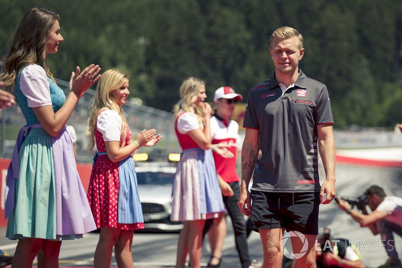 Kevin Magnussen, Haas F1 lors de la parade des pilotes