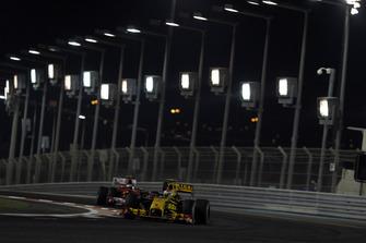 Vitaly Petrov, Renault R30, Fernando Alonso, Ferrari F10