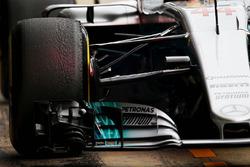Mercedes AMG F1 W08 front suspension detail