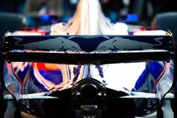 Scuderia Toro Rosso STR12 rear wing detail
