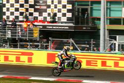Jonathan Rea, Kawasaki Racing takes the win