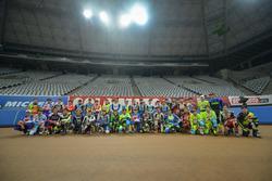 Photo grup para pembalap