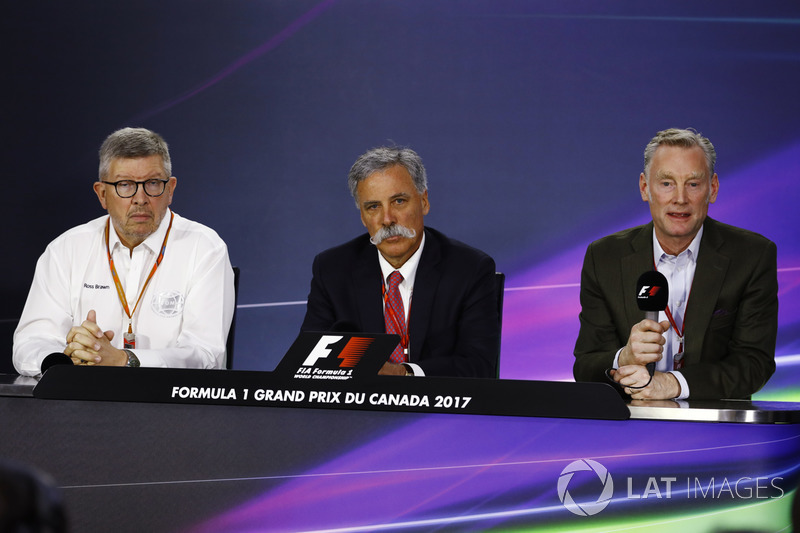 Ross Brawn, Formel-1-Motorsportchef; Chase Carey, Formel-1-Chef; Sean Bratches, Formel-1-Marketingch