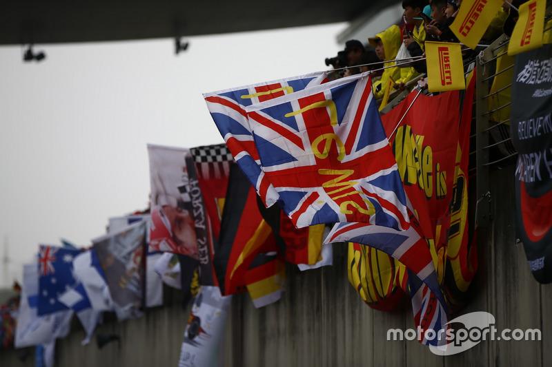 Fans of Lewis Hamilton, Mercedes AMG