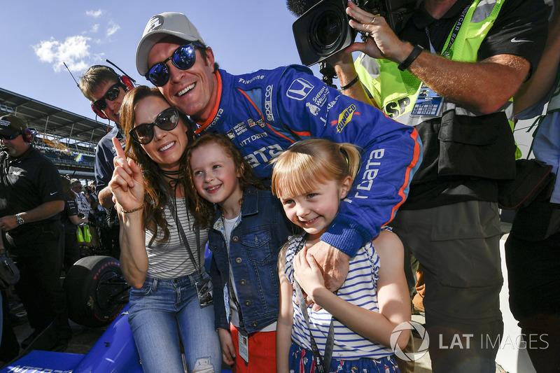 Indy 500: Диксон на поуле